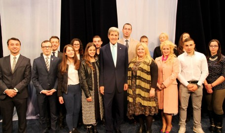 Kerry visit KS (2)